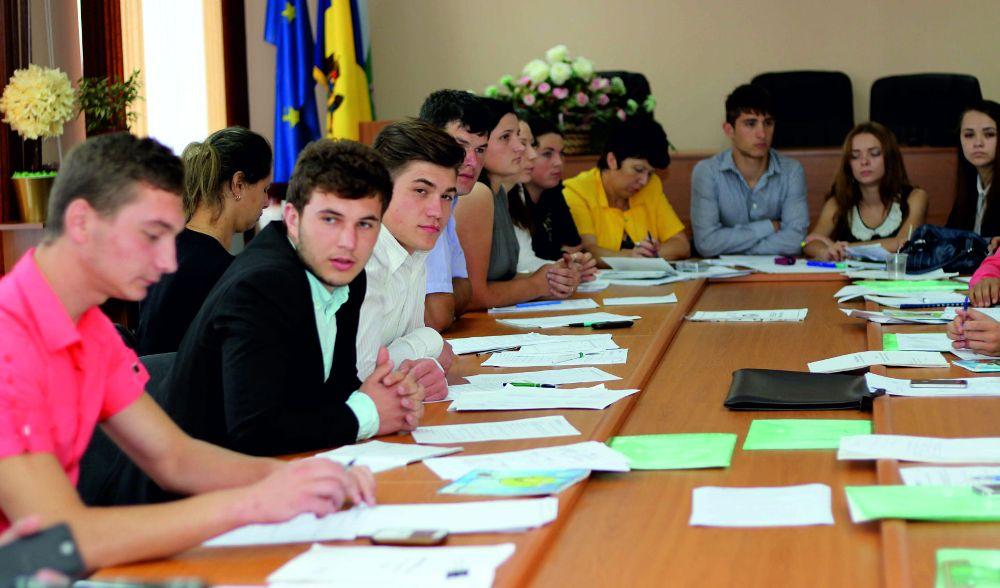 ODIMM Vă invită la cursurile de instruire de 10 zile în cadrul Programului Național de Abilitare Economică a Tinerilor